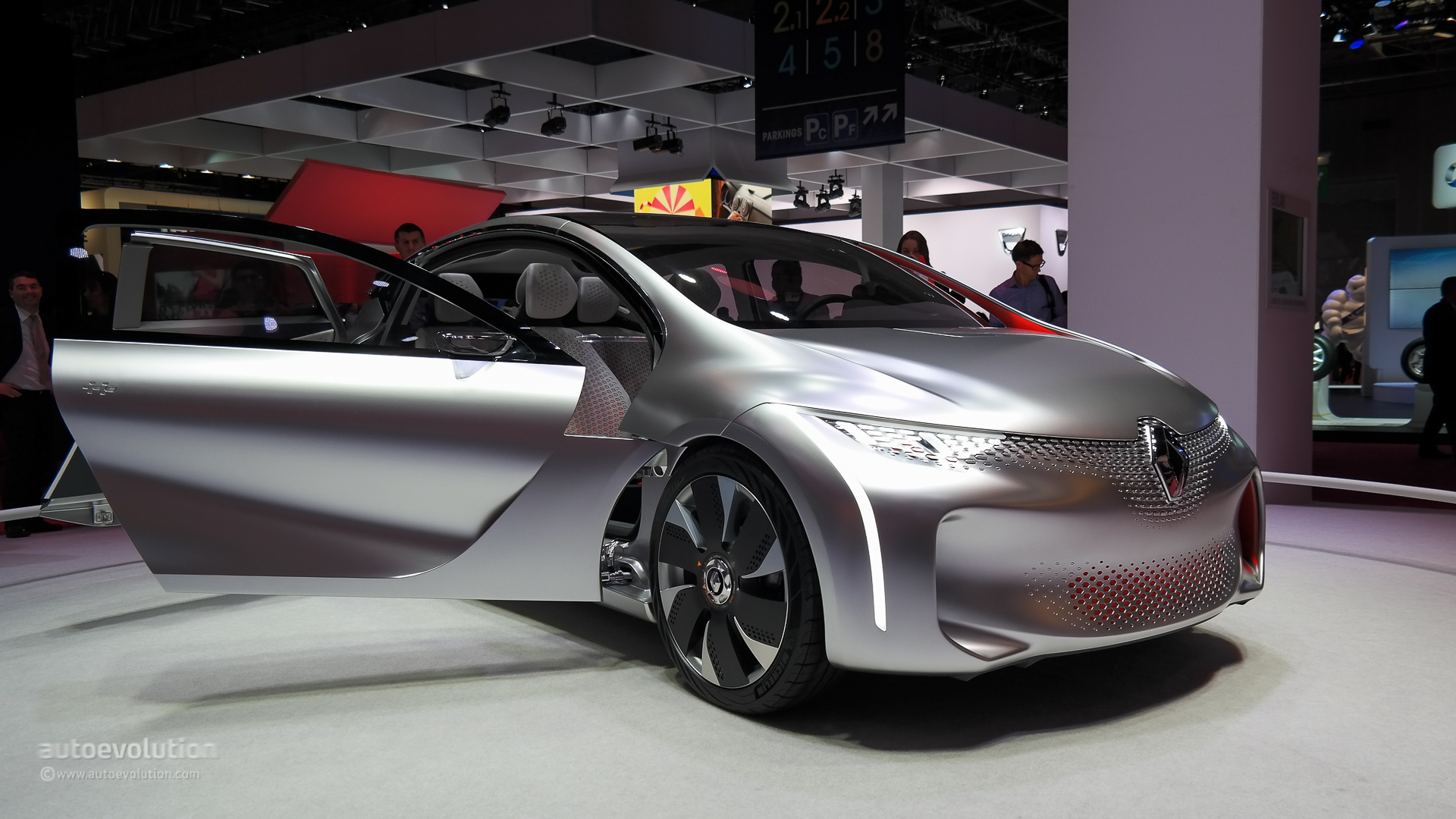 Renault eolab shows us the future at paris motor show 2014 live photos autoevolution - Paris motor show ...