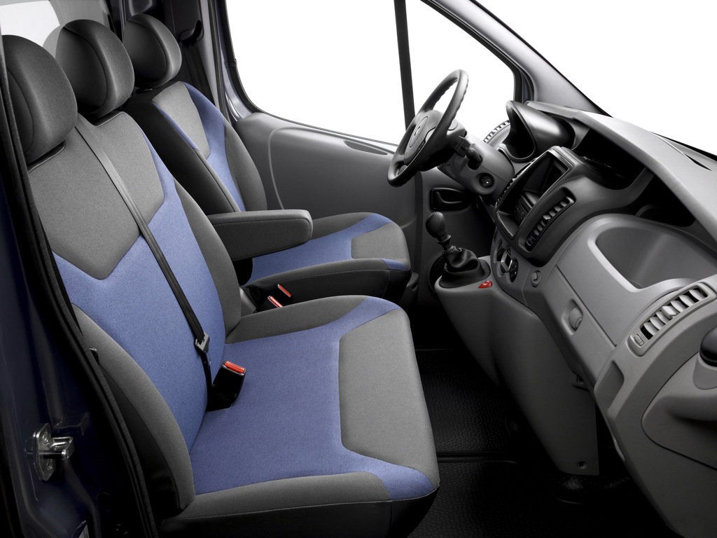 2011 Renault Trafic Launched - autoevolution