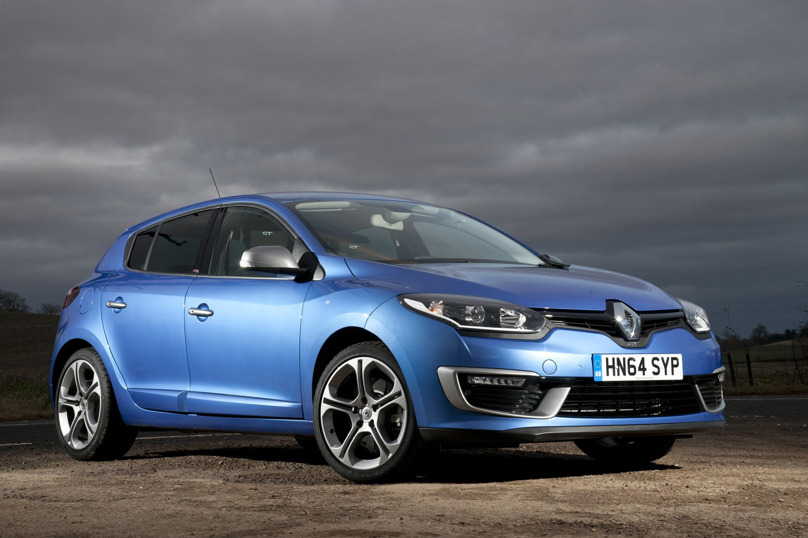 renault launches gt 220 mildly hot versions of megane hatch coupe and sport tourer autoevolution. Black Bedroom Furniture Sets. Home Design Ideas