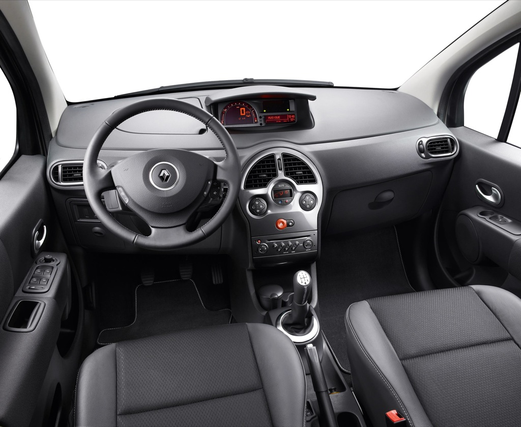 Renault modus grand modus exception rolled out for Interieur twingo 2