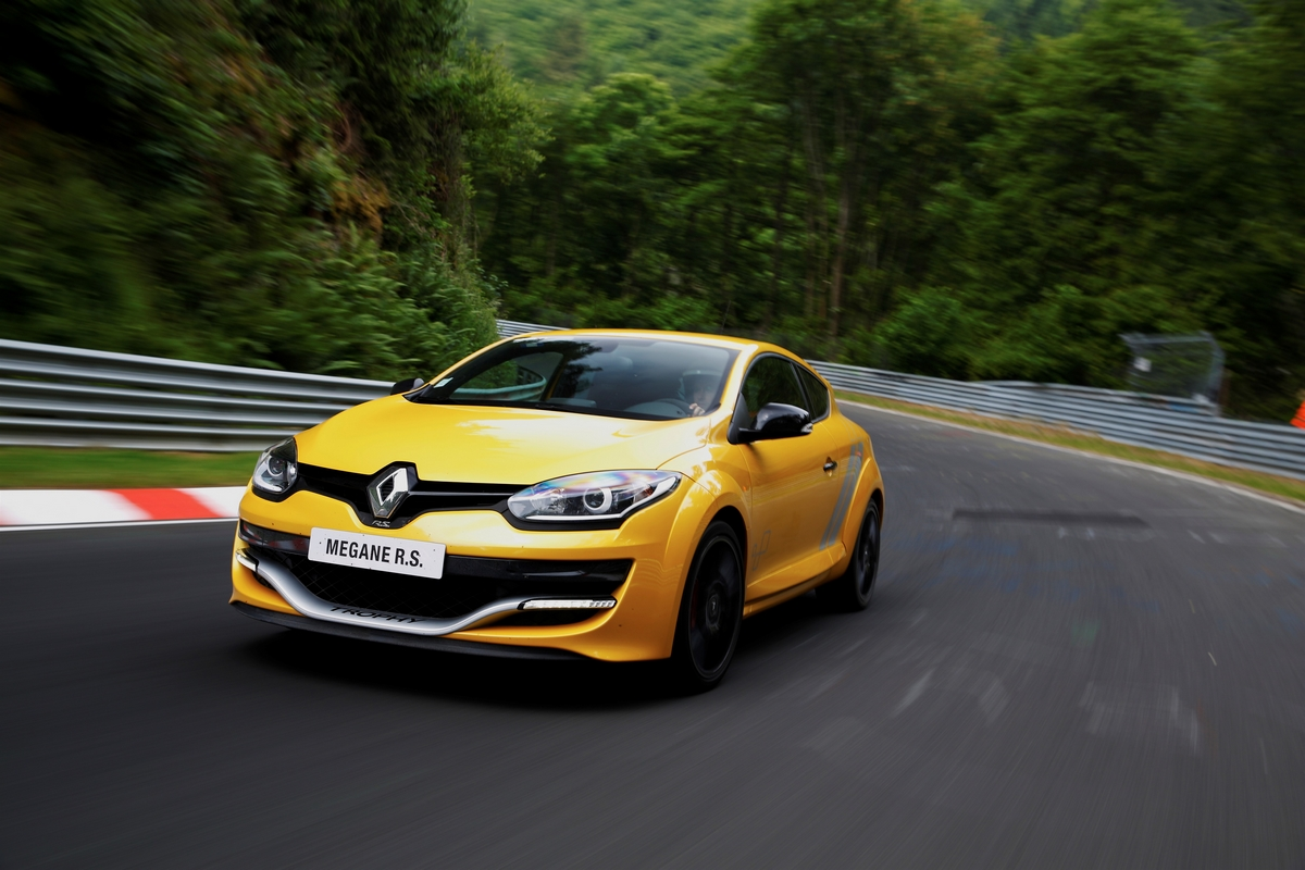 renault releases new megane rs 275 trophy photos and video autoevolution. Black Bedroom Furniture Sets. Home Design Ideas