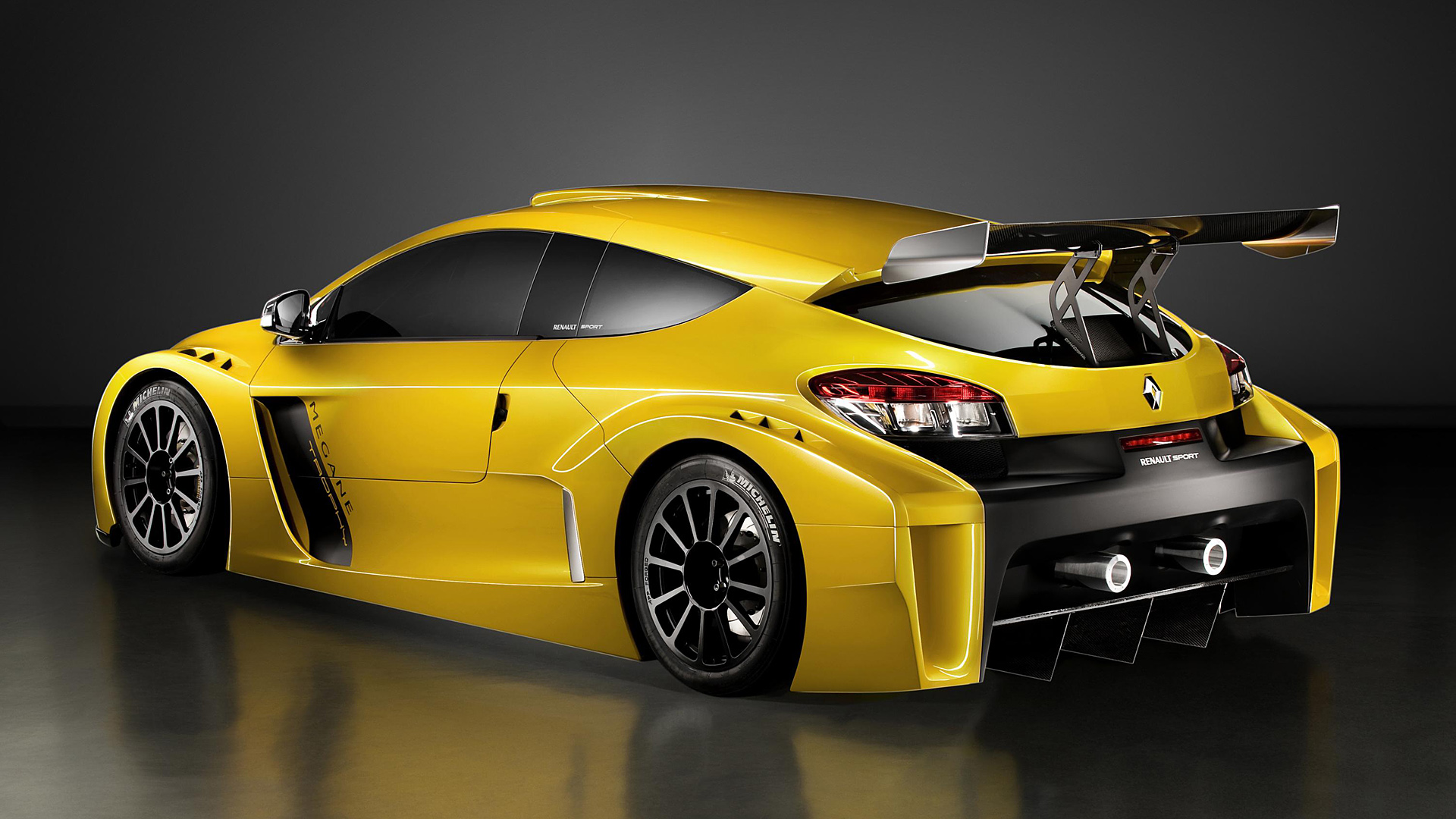 renault teases new sport trophy show car with 500 hp nismo. Black Bedroom Furniture Sets. Home Design Ideas
