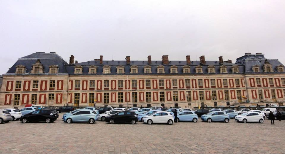 renault throws zoe its first birthday party at the versailles video autoevolution. Black Bedroom Furniture Sets. Home Design Ideas