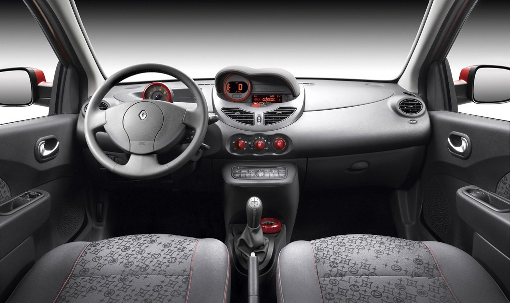 Renault twingo updated for 2010 autoevolution for Interieur twingo 2