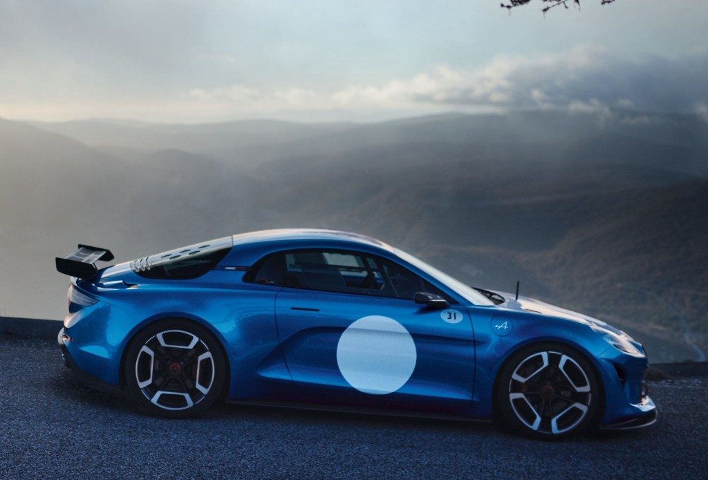 renault�s alpine brand planning convertible and rs models