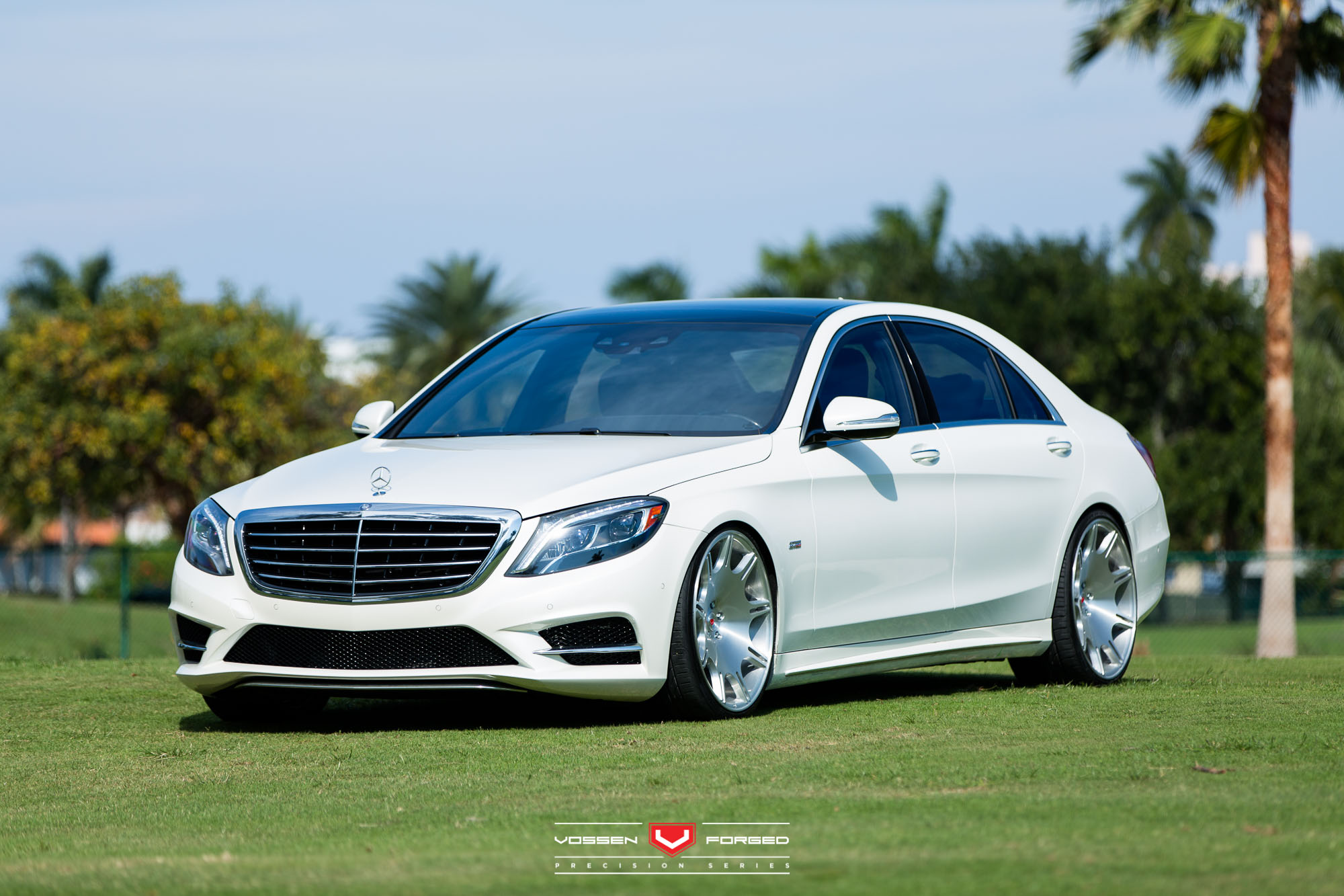Renntech mercedes s550 gets the vip stance and vossen for Mercedes benz s550 rims