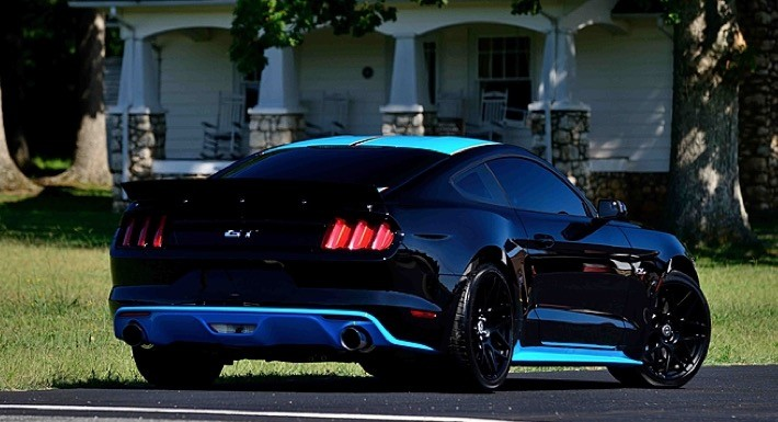 Richard Petty S Shop Customized This 2015 Ford Mustang And