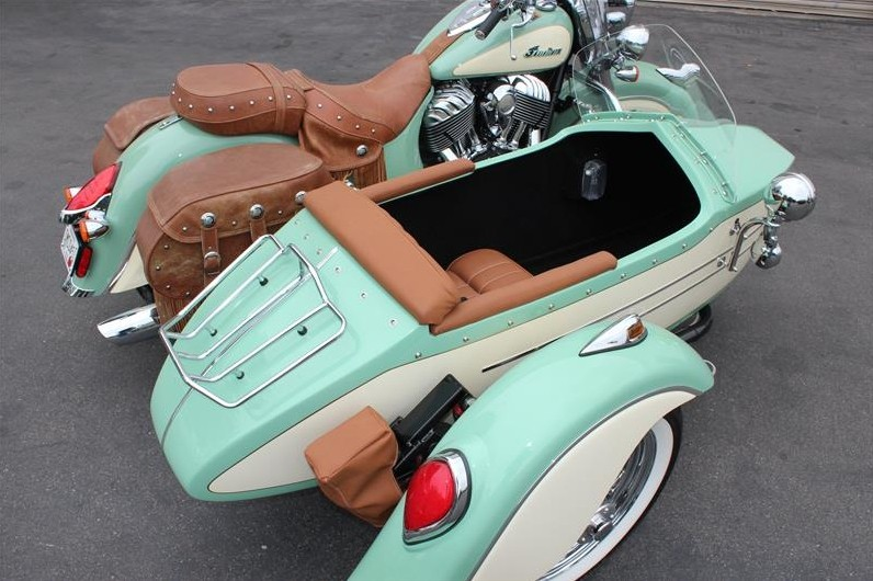 Ride An Indian Chief Vintage In Style Choose A Champion