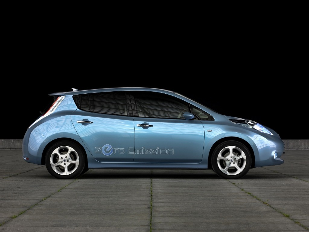 2018 nissan leaf confirmed to have 60 kwh battery autoevolution. Black Bedroom Furniture Sets. Home Design Ideas