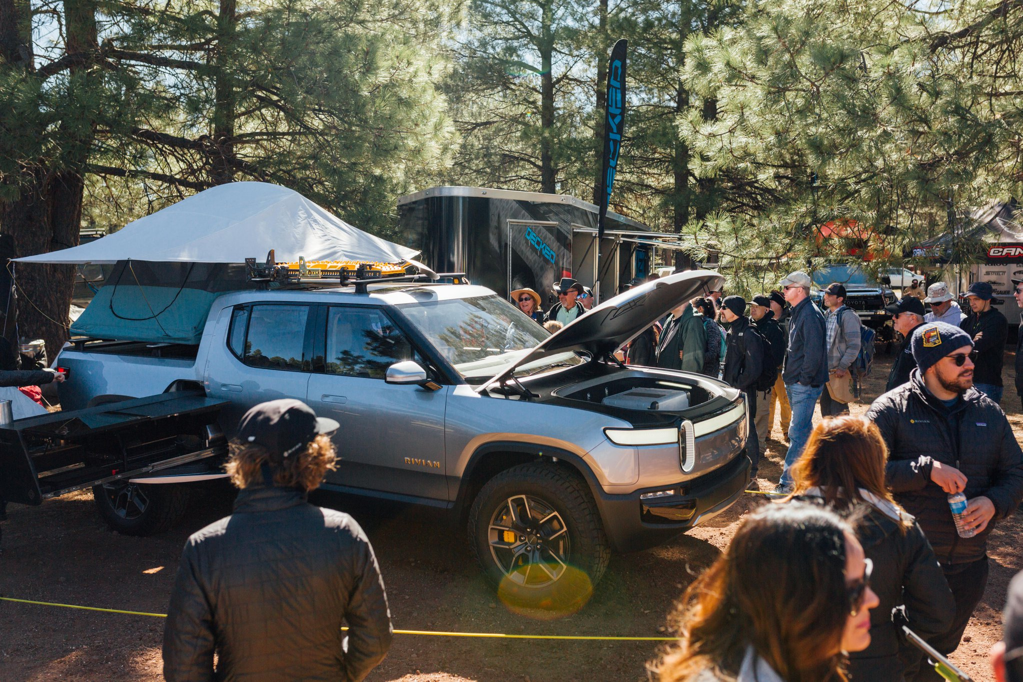 Rivian Turns R1T Electric Pickup Truck Into Camper Rig ...
