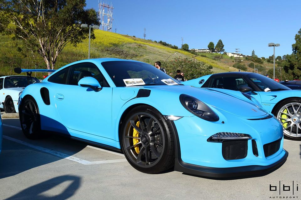 Riviera Blue Porsche 918 Spyder And 911 Gt3 Rs
