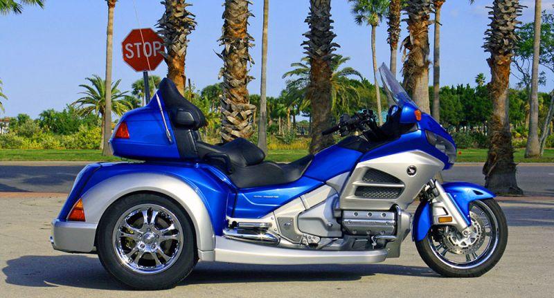 Roadsmith HTS1800 Honda Goldwing Trike - photo gallery