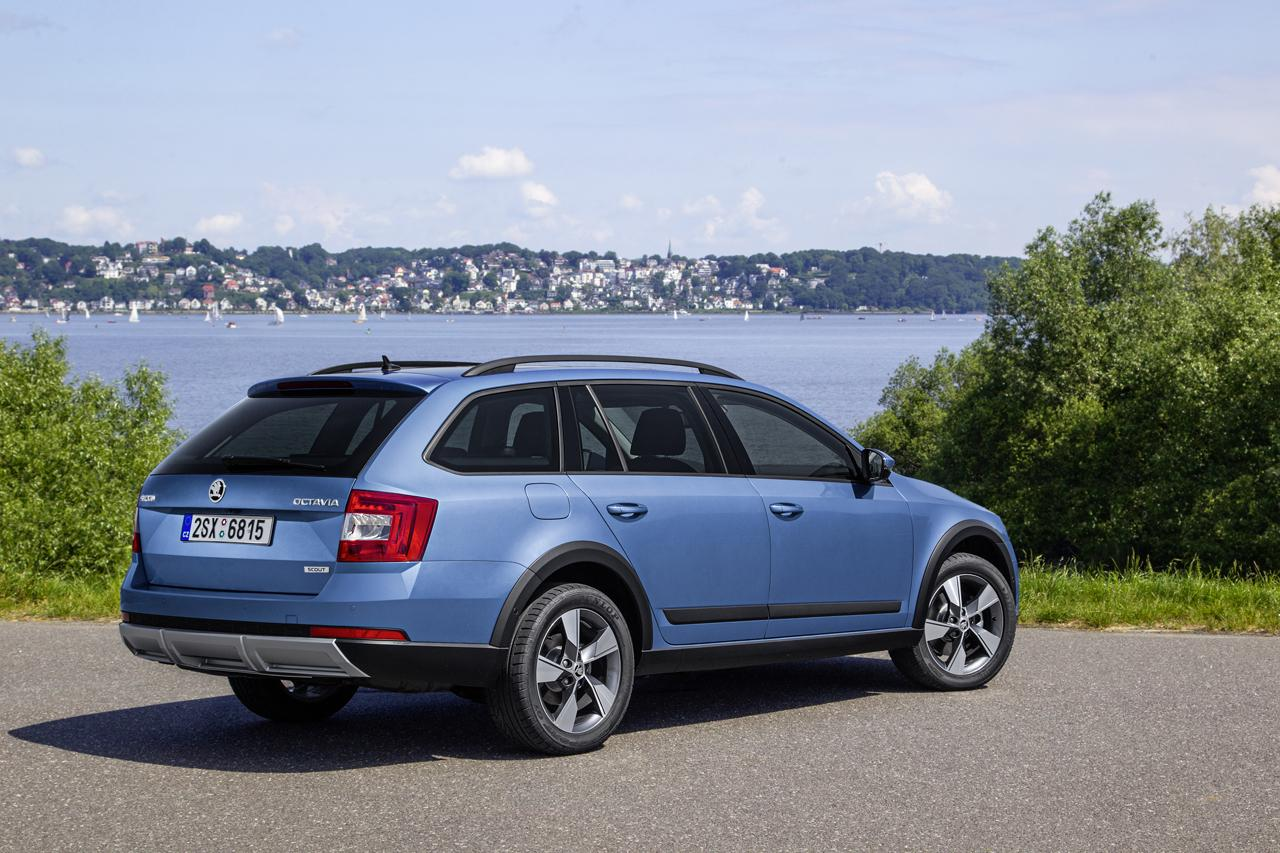 robust new skoda octavia scout coming to the uk autoevolution. Black Bedroom Furniture Sets. Home Design Ideas