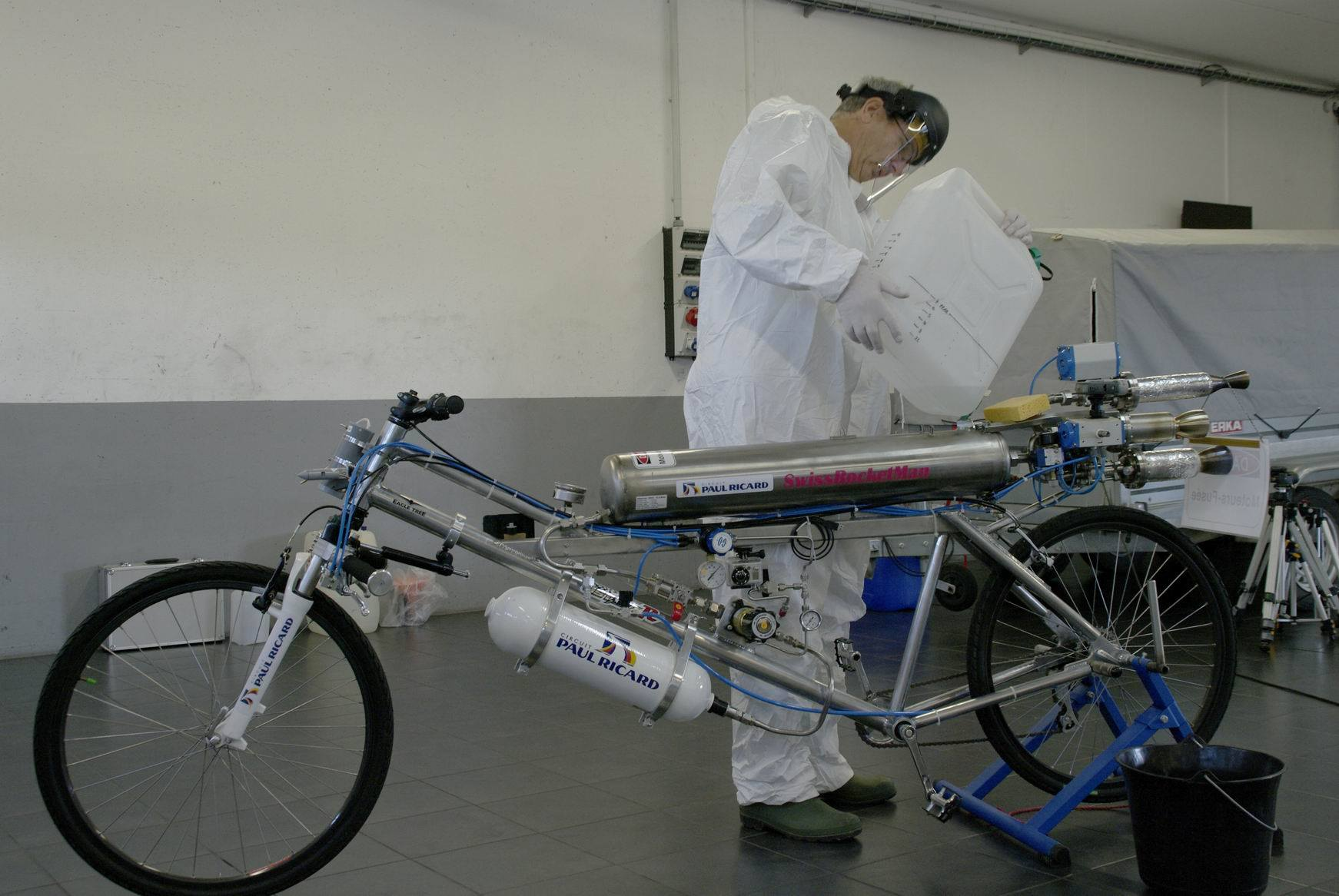 Rocket Bicycle Does Km H Murders Ferrari Scuderia Videophoto Gallery