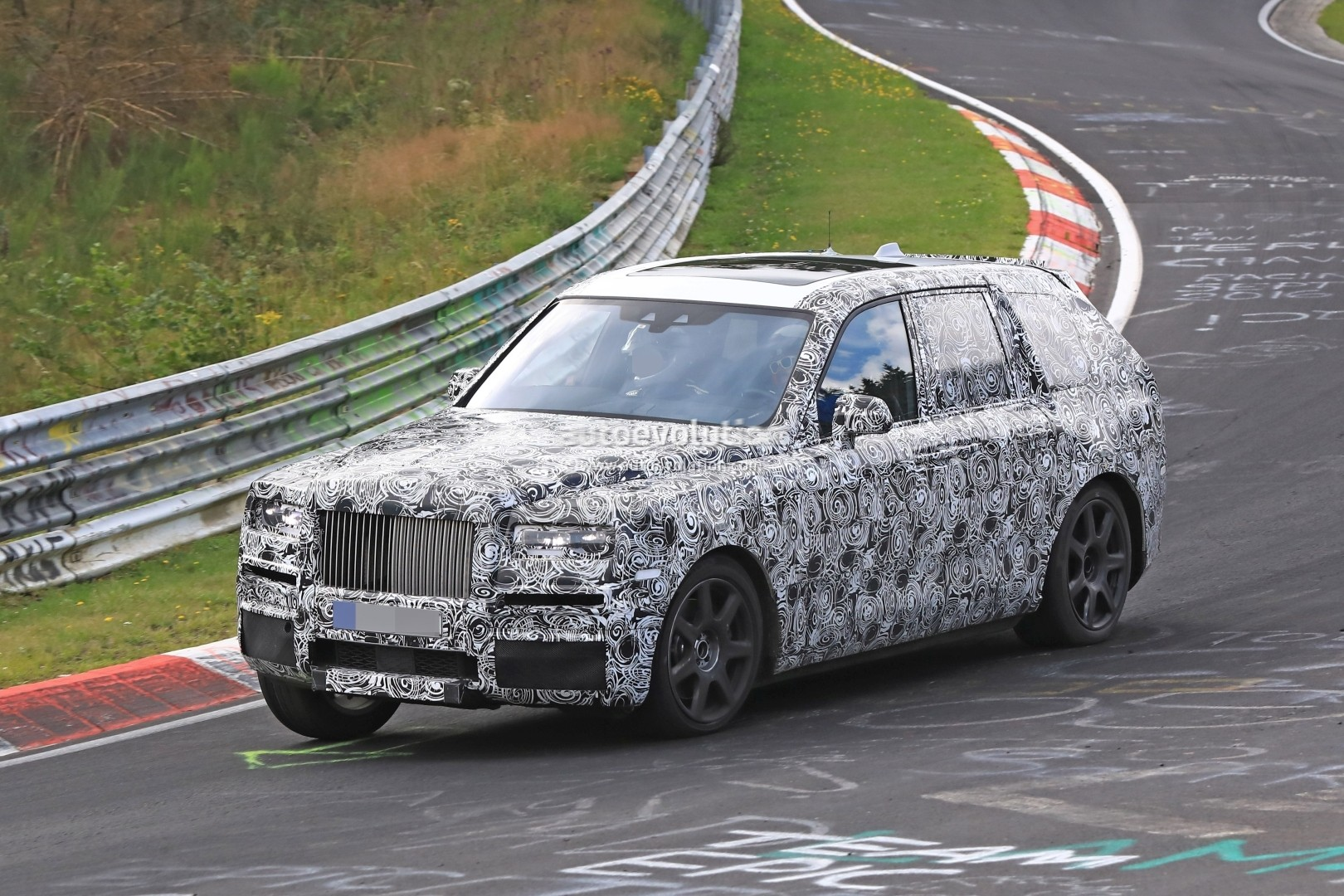 New Rolls-Royce Phantom wafts in