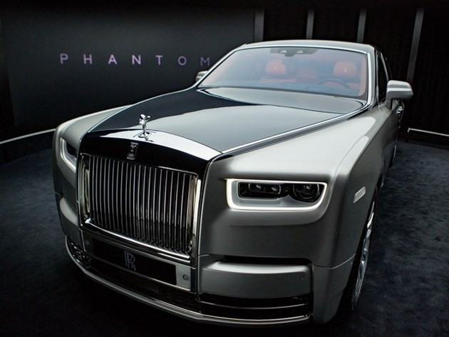 lord aleem adds rolls royce ghost to his fleet i swear my house is haunted autoevolution. Black Bedroom Furniture Sets. Home Design Ideas