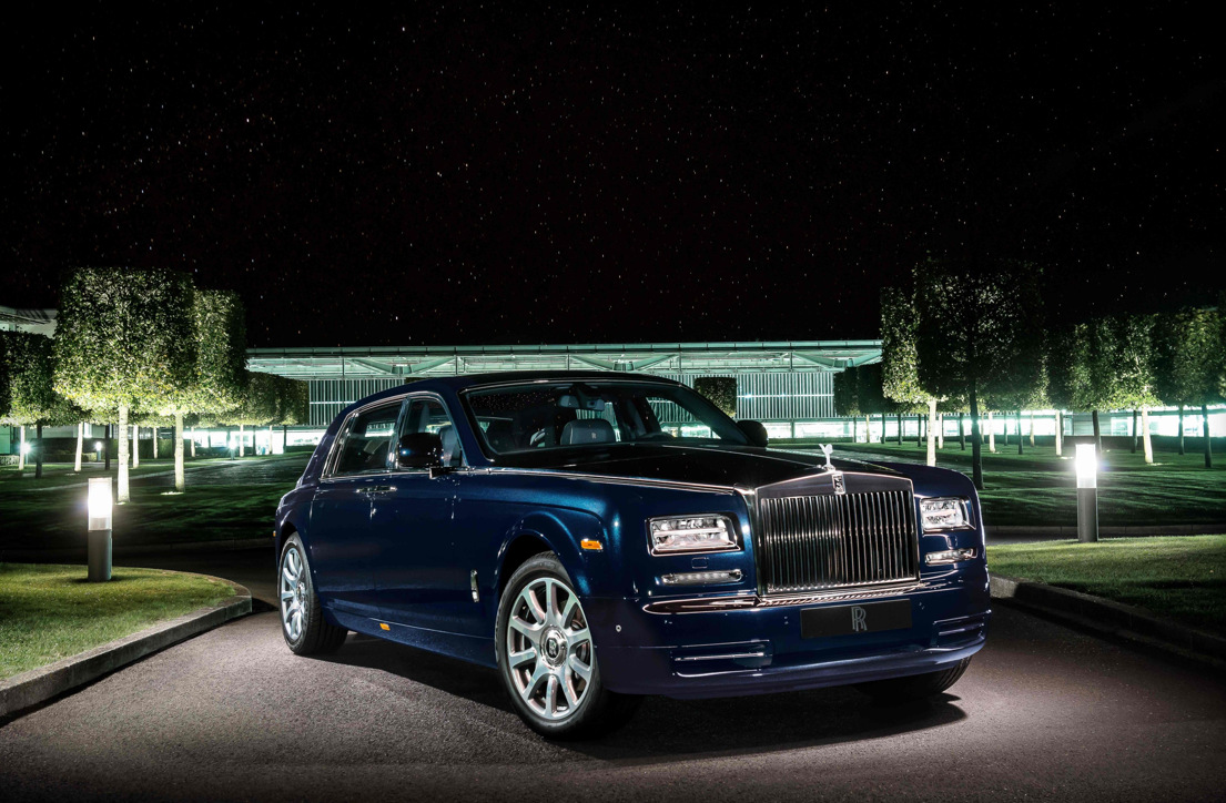 Rolls royce phantom celestial edition revealed in dubai for Newspaper wallpaper for sale