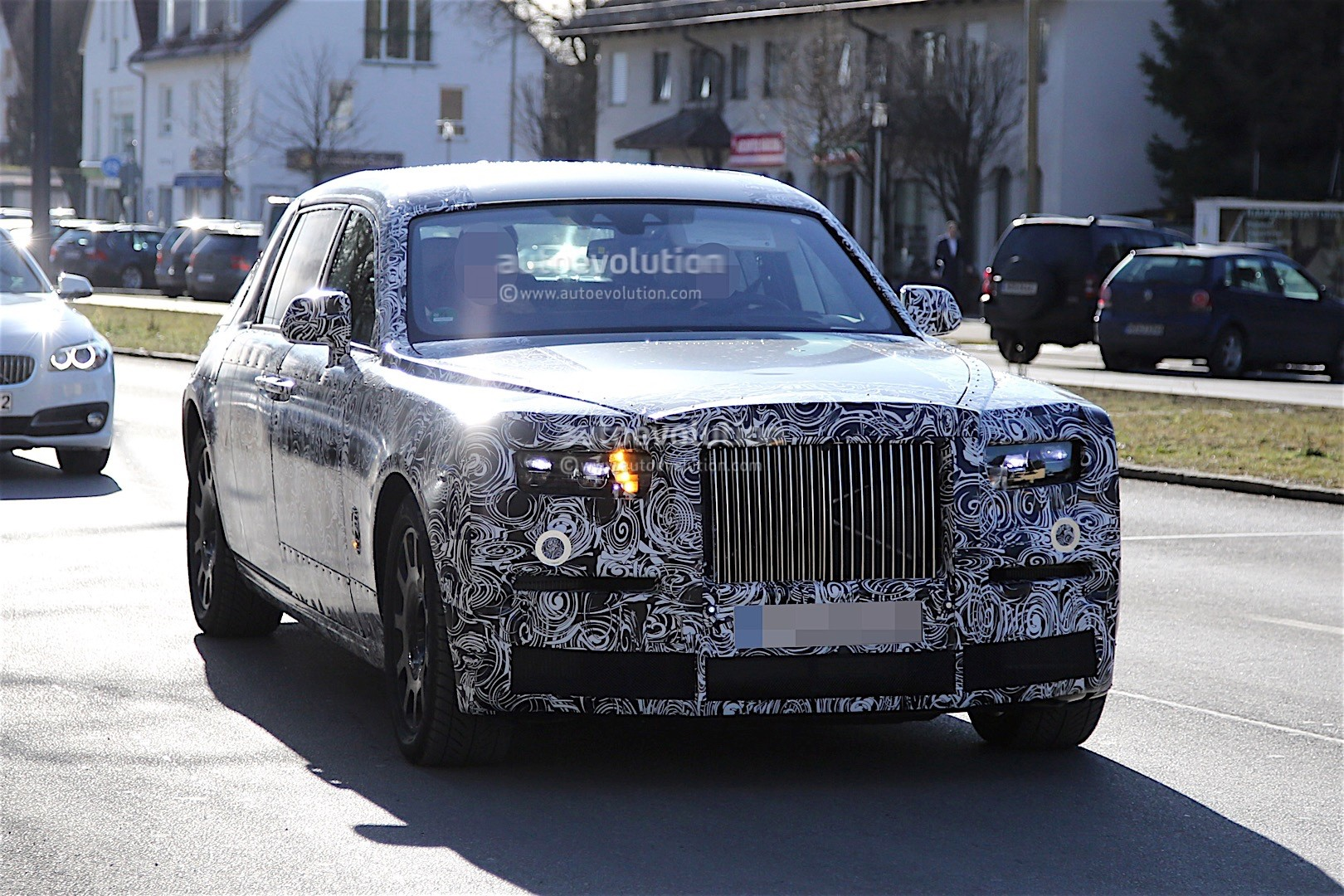 2018 Rolls-Royce Phantom Spied With No Visible Major