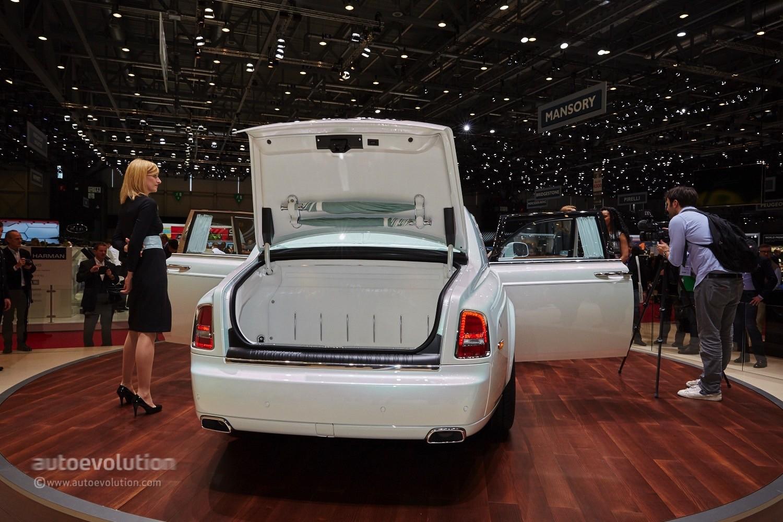 Rolls Royce Wraith >> Rolls-Royce's Phantom Serenity Showed Us what Bespoke Truly Means in Geneva - autoevolution
