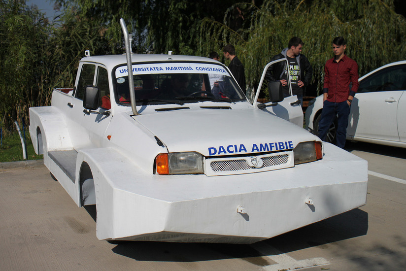 Amphibious Dacia Pickup Built By Romanian Naval Students