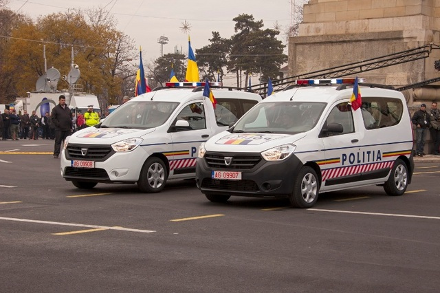 Romanian Police Gets New Dacia Logan Sandero And Dokker