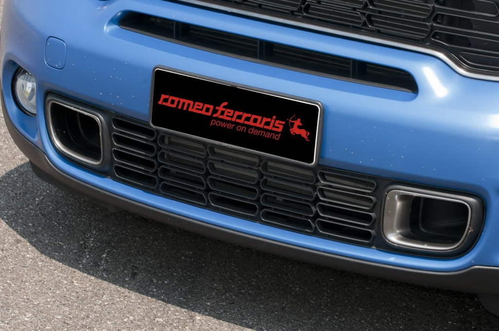 Romeo Ferraris Mini Countryman Is Blue Da Ba Dee