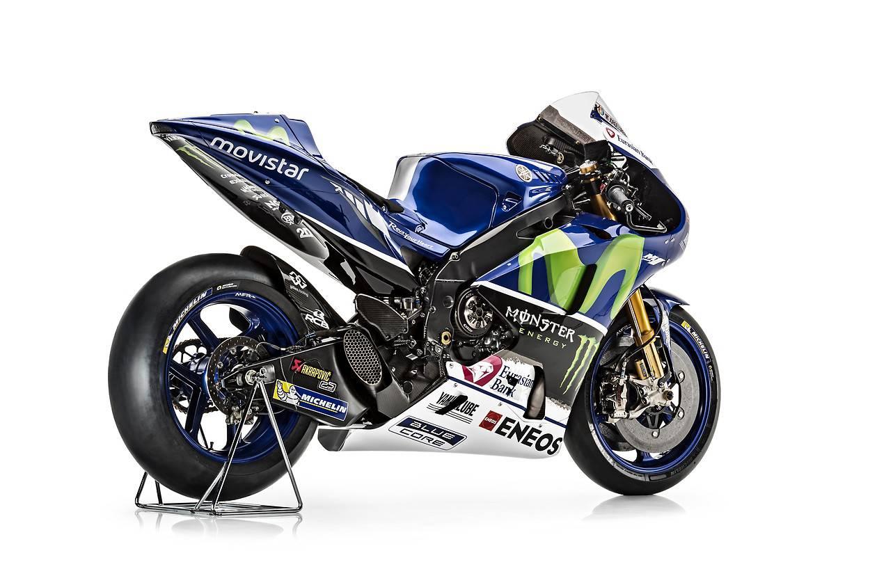Rossi and Lorenzo Yamaha YZR-M1 MotoGP Bikes in Dozens of Pics - autoevolution