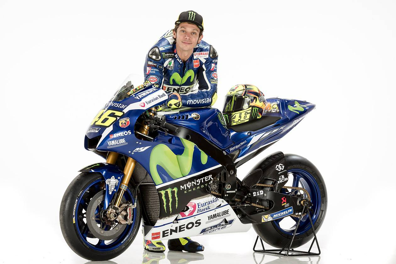Rossi And Lorenzo Yamaha Yzr M1 Motogp Bikes In Dozens Of
