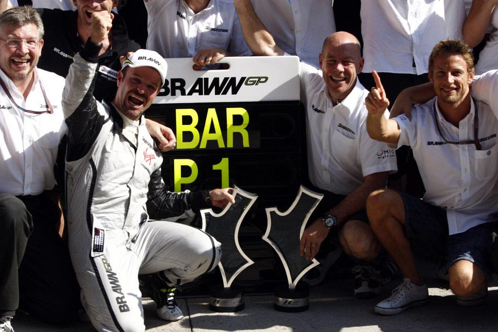 Kubica changes helmet for 2010 autoevolution for 22 changes salon
