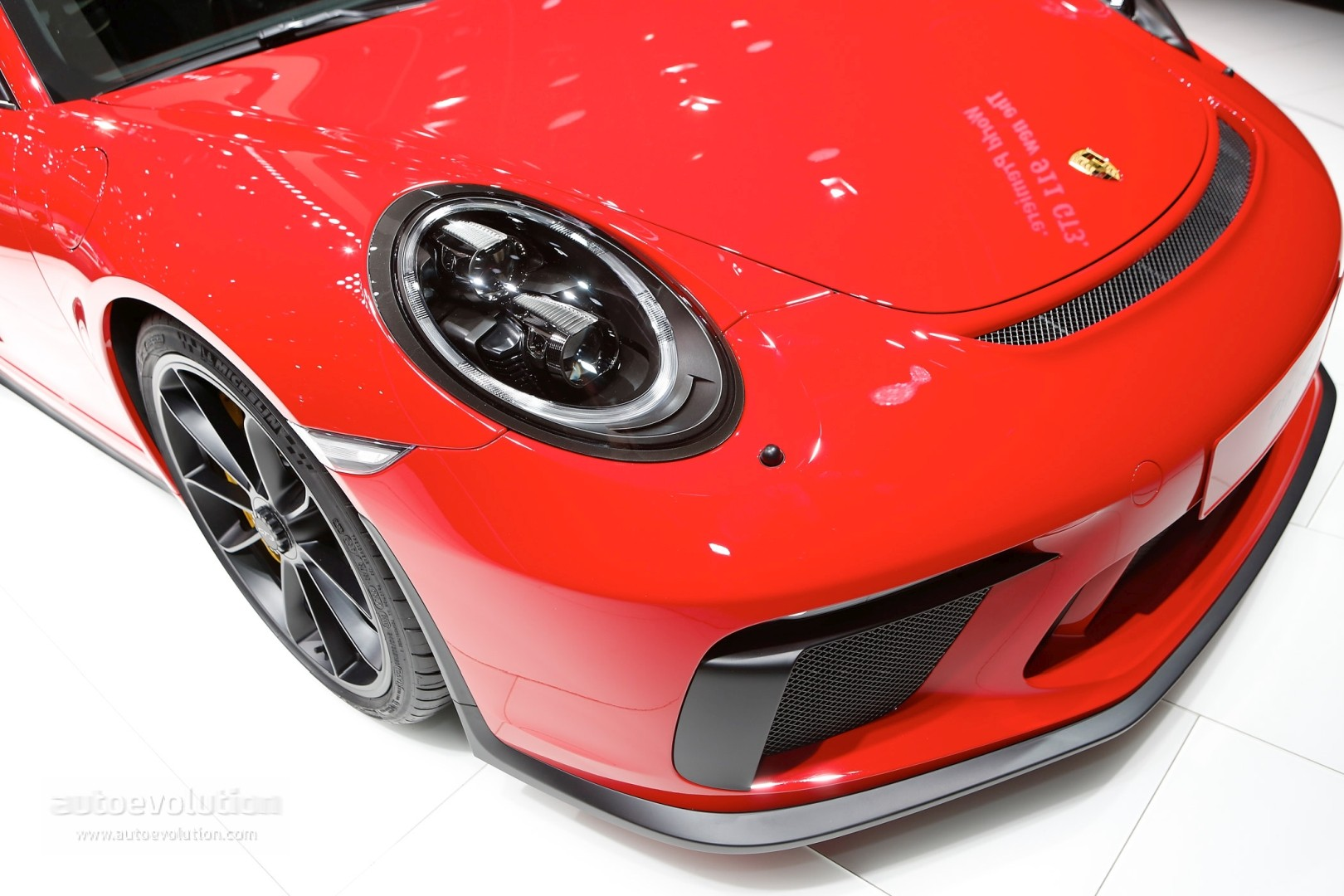 Ruby Star 2018 Porsche 911 Gt3 Rendered One Ups The