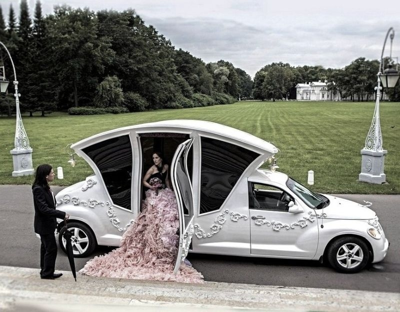 Russians Turn PT Cruiser into Awesome Wedding Car [Video ...