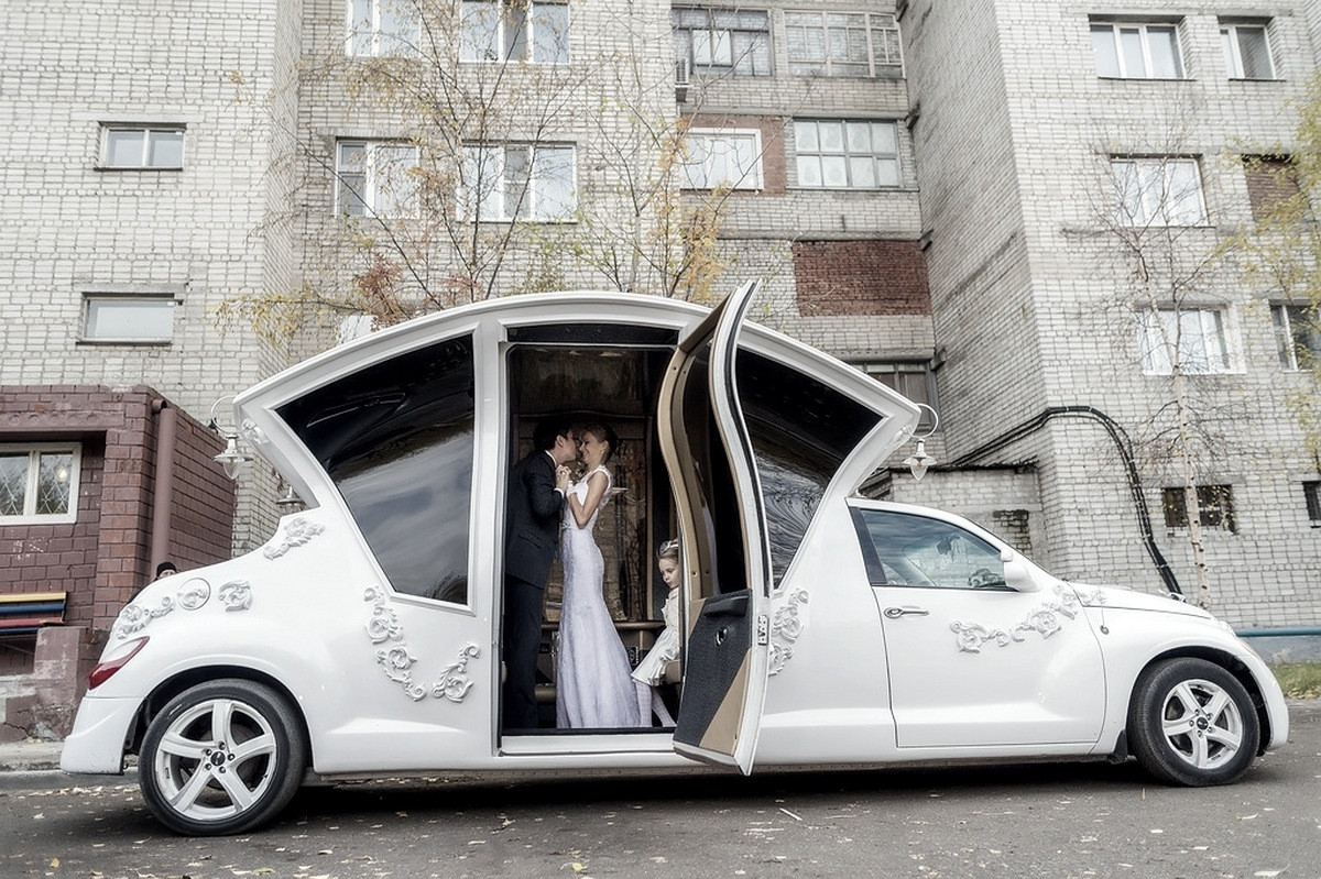 Russians turn pt cruiser into awesome wedding car video for Automobile decoration