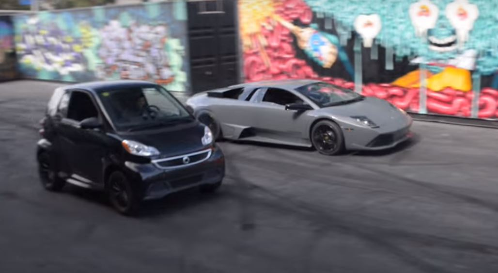 Smart car vs lamborghini