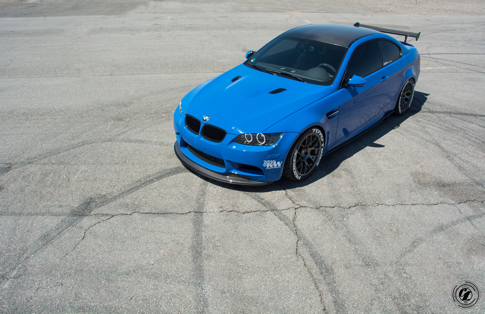 Santorini blue bmw e92 m3 is here to take you down for Santorini blue paint