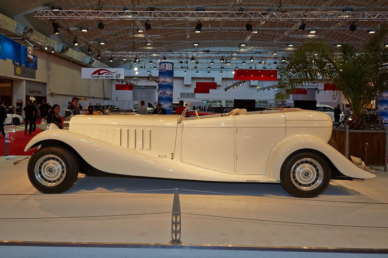 Sbarro Royale is Not a Bad Replica of the Bugatti Type 41 ...