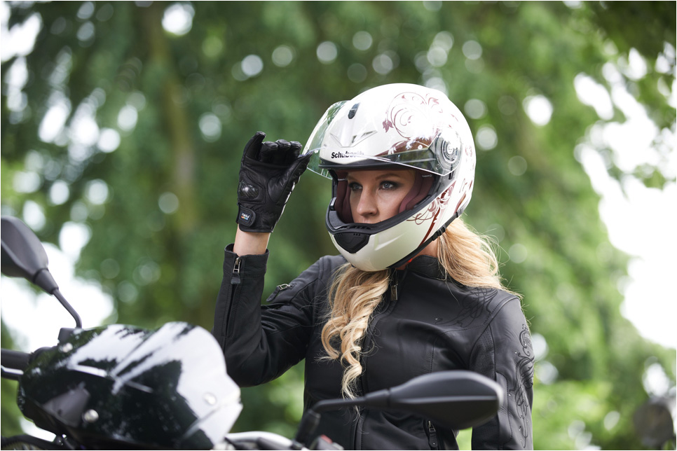 Schuberth Women S Helmets Explained Autoevolution