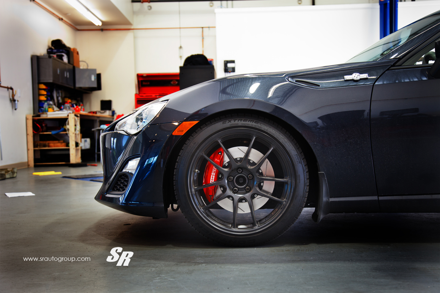 Photos besides Scion Fr S Gets Big Brakes Kit Installed By Sr Photo Gallery 60572 also Ford 5th Wheel Gooseneck Wiring Harness in addition 75 009 together with 90 Mustang 2 N 1 Engine. on bmw car wiring harness