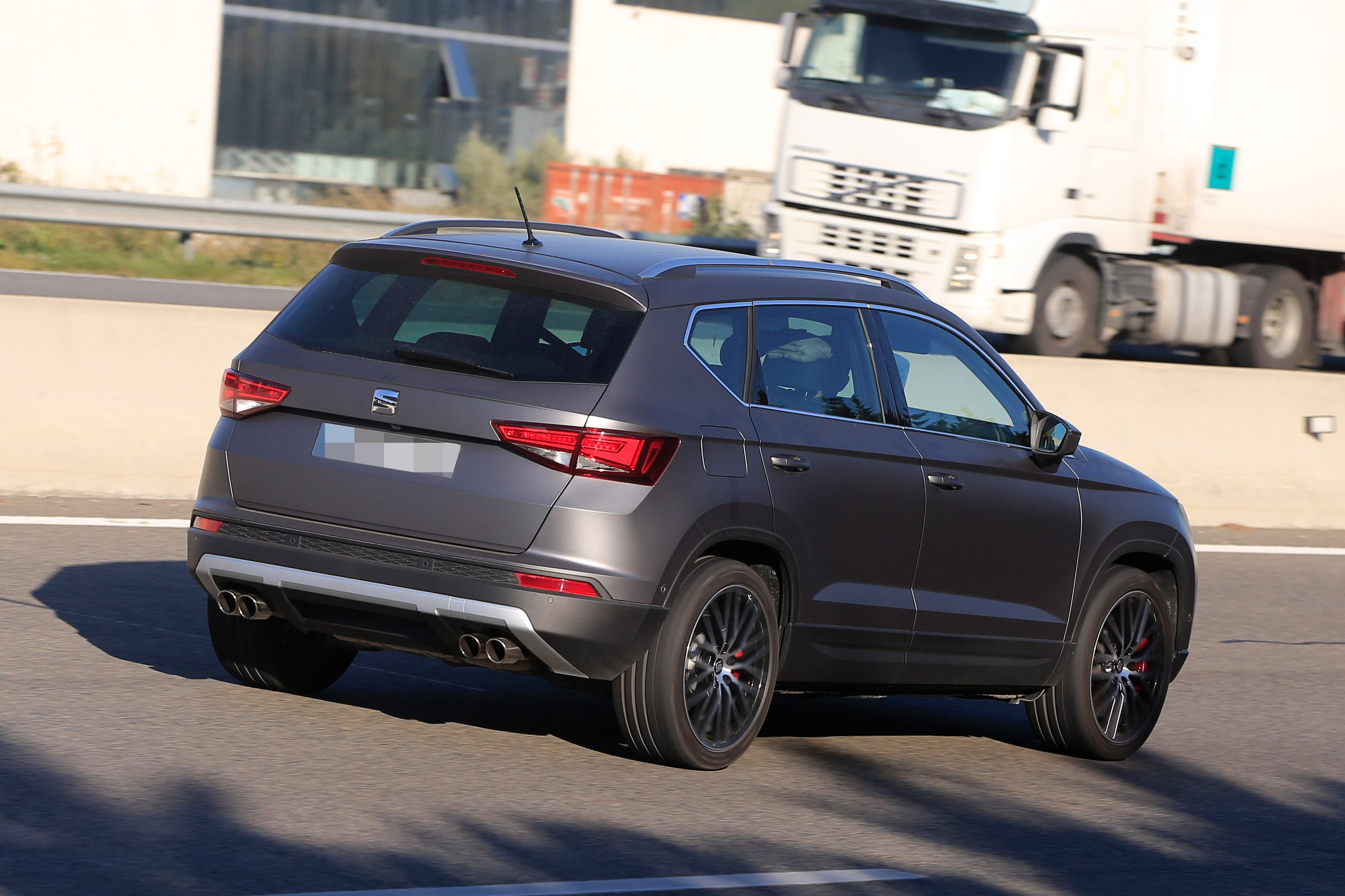 seat ateca cupra spied in full view while testing in spain. Black Bedroom Furniture Sets. Home Design Ideas