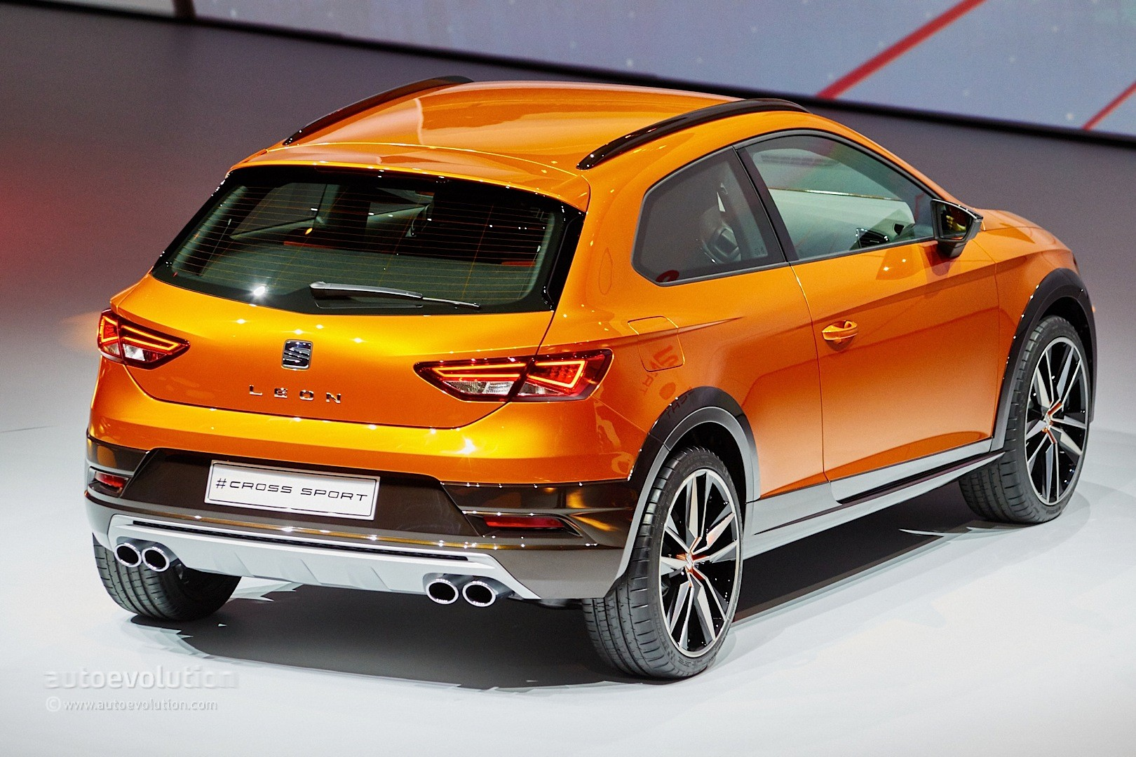Seat Leon Cross Sport Is A Taller Golf R At Frankfurt