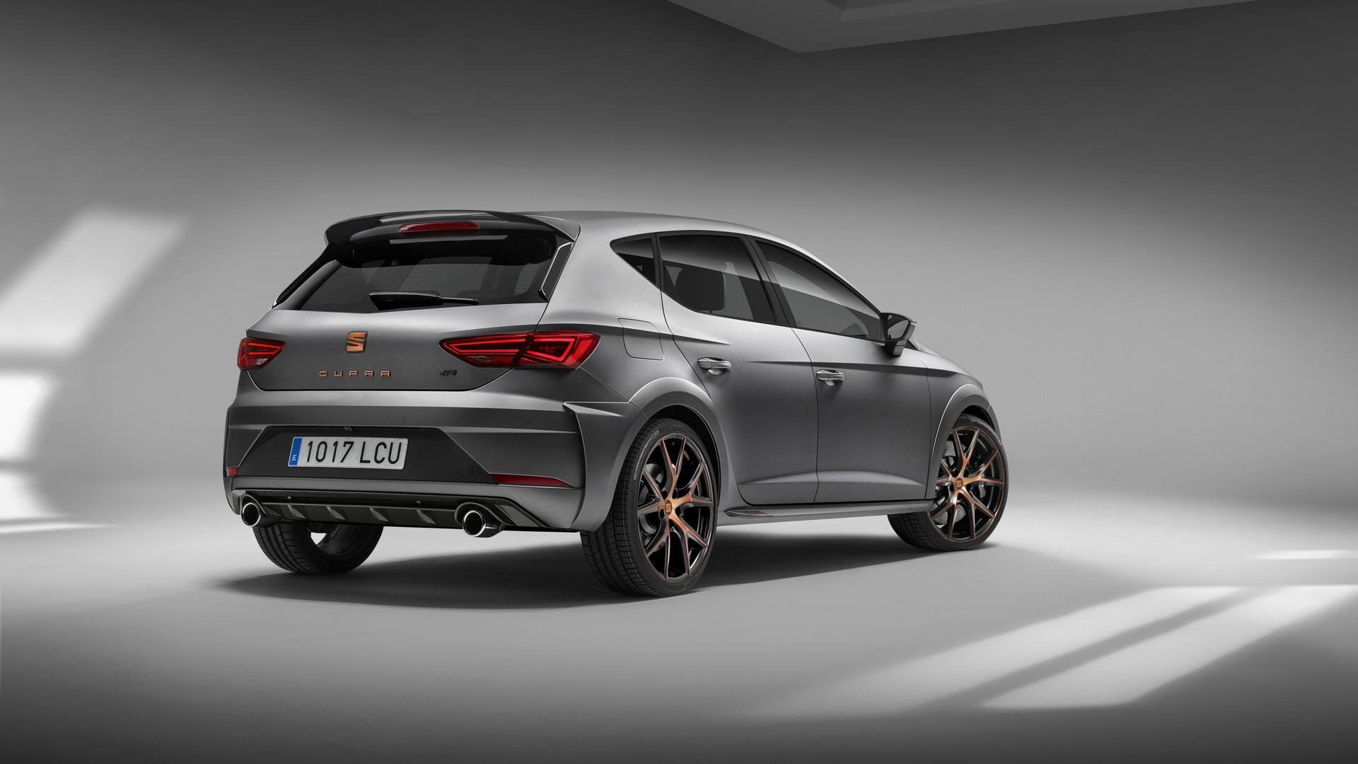 seat leon cupra r comes with 310 hp copper trim and disappointment autoevolution. Black Bedroom Furniture Sets. Home Design Ideas