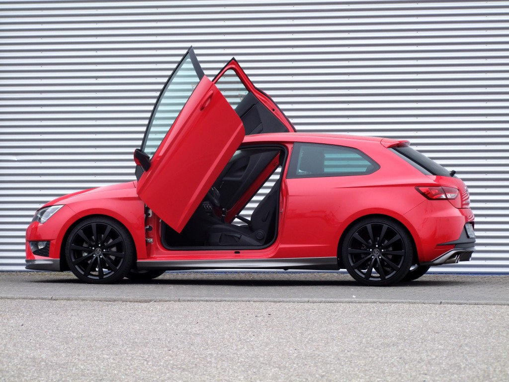 seat leon cupra r will be limited edition ateca cupra approved for 2018 autoevolution. Black Bedroom Furniture Sets. Home Design Ideas