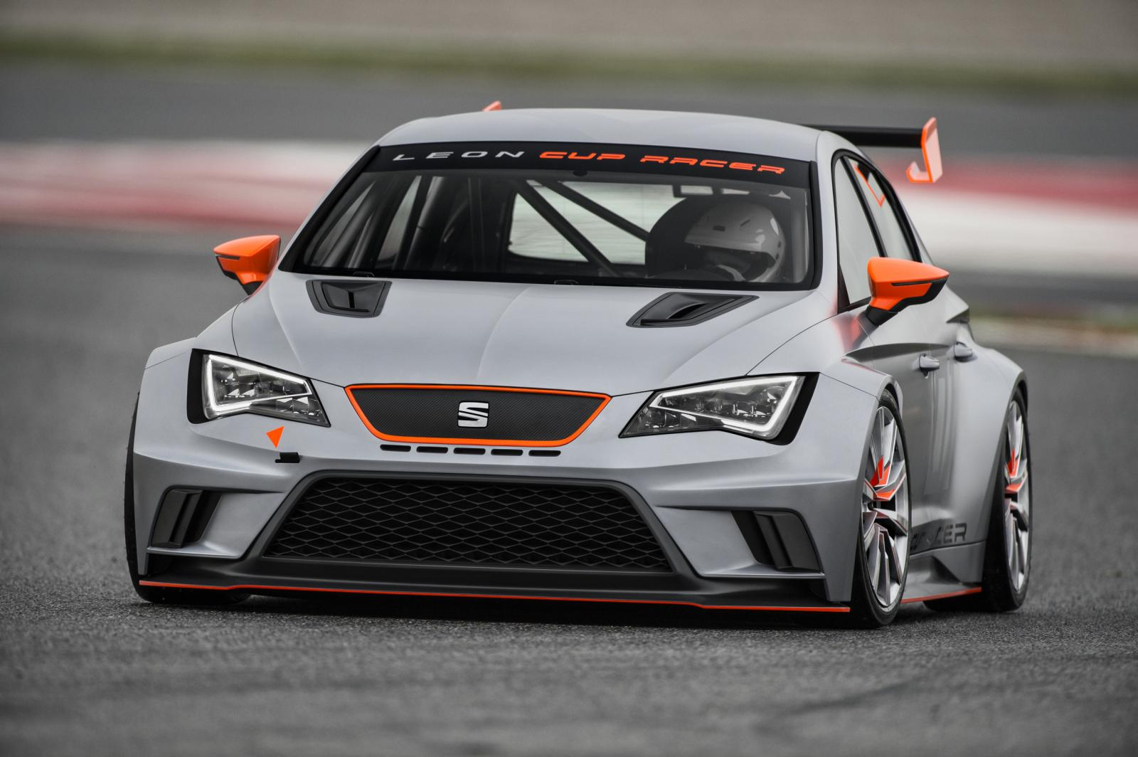 Seat Shows How The 330 Hp Leon Race Car Was Built Video