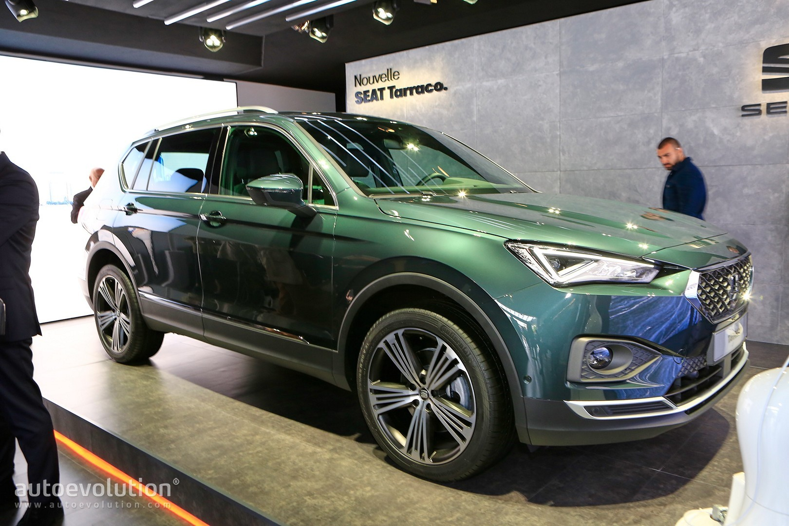 volkswagen starts production of seat tarraco in wolfsburg. Black Bedroom Furniture Sets. Home Design Ideas