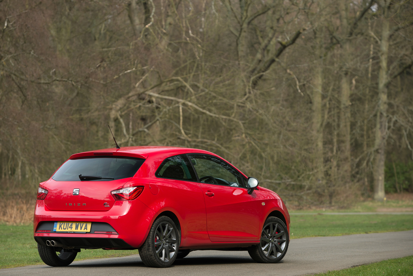 seat updates ibiza fr with a new 1 4 tsi act engine. Black Bedroom Furniture Sets. Home Design Ideas