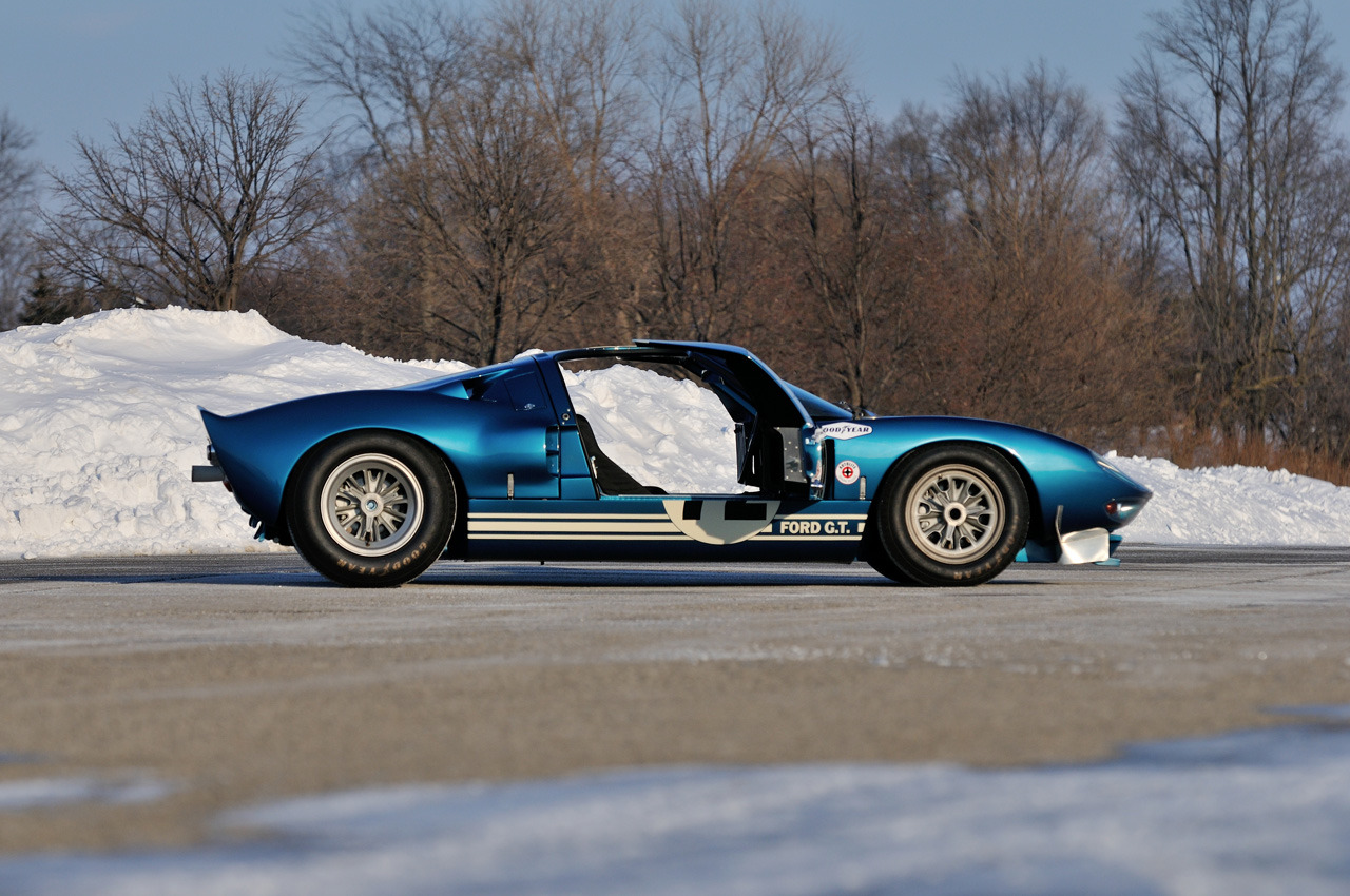 Second Oldest Ford GT40 Auctioned for $7 Million [Video] - autoevolution