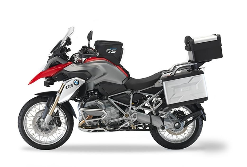 shad offers complete side and top case system for 2013 bmw r1200gs autoevolution. Black Bedroom Furniture Sets. Home Design Ideas