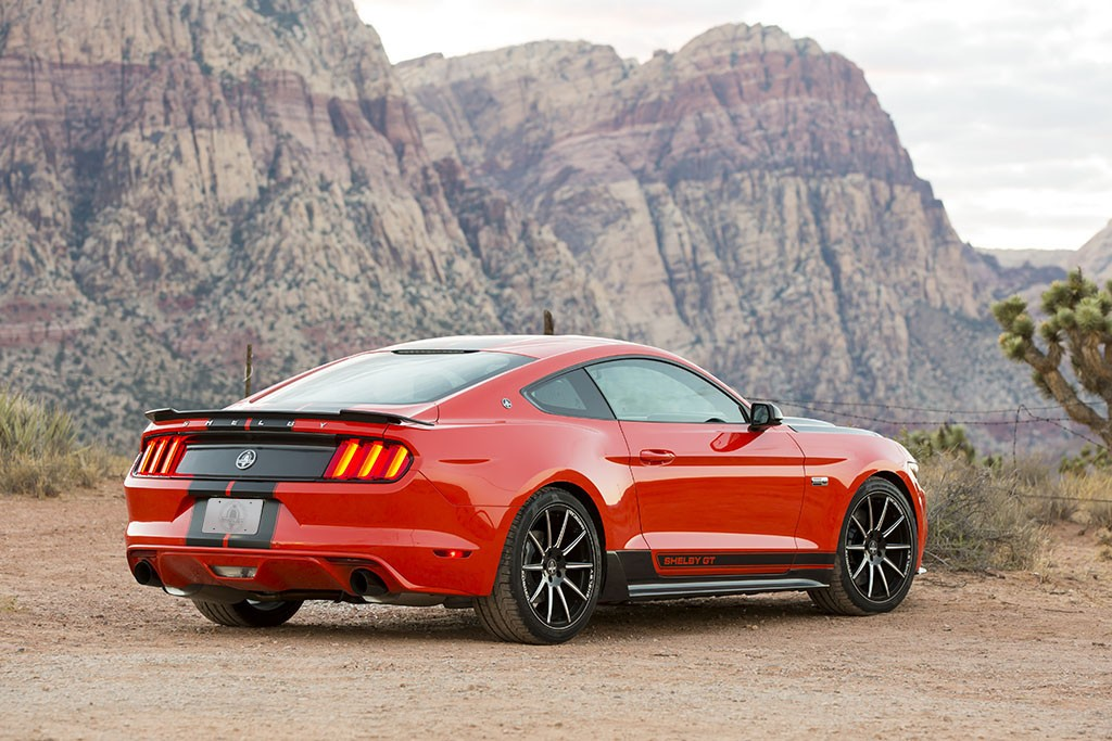 2016 shelby gt ecoboost mustang boasts 335 hp costs. Black Bedroom Furniture Sets. Home Design Ideas