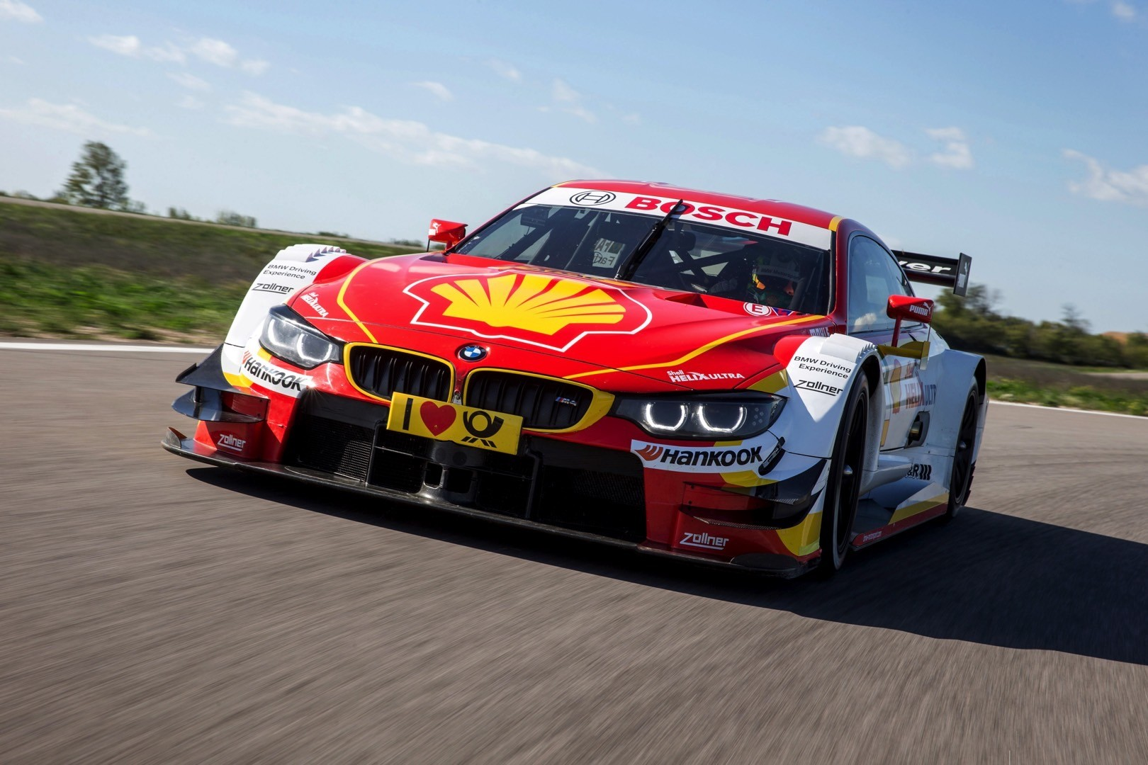 shell-will-have-its-own-bmw-m4-dtm-car-t
