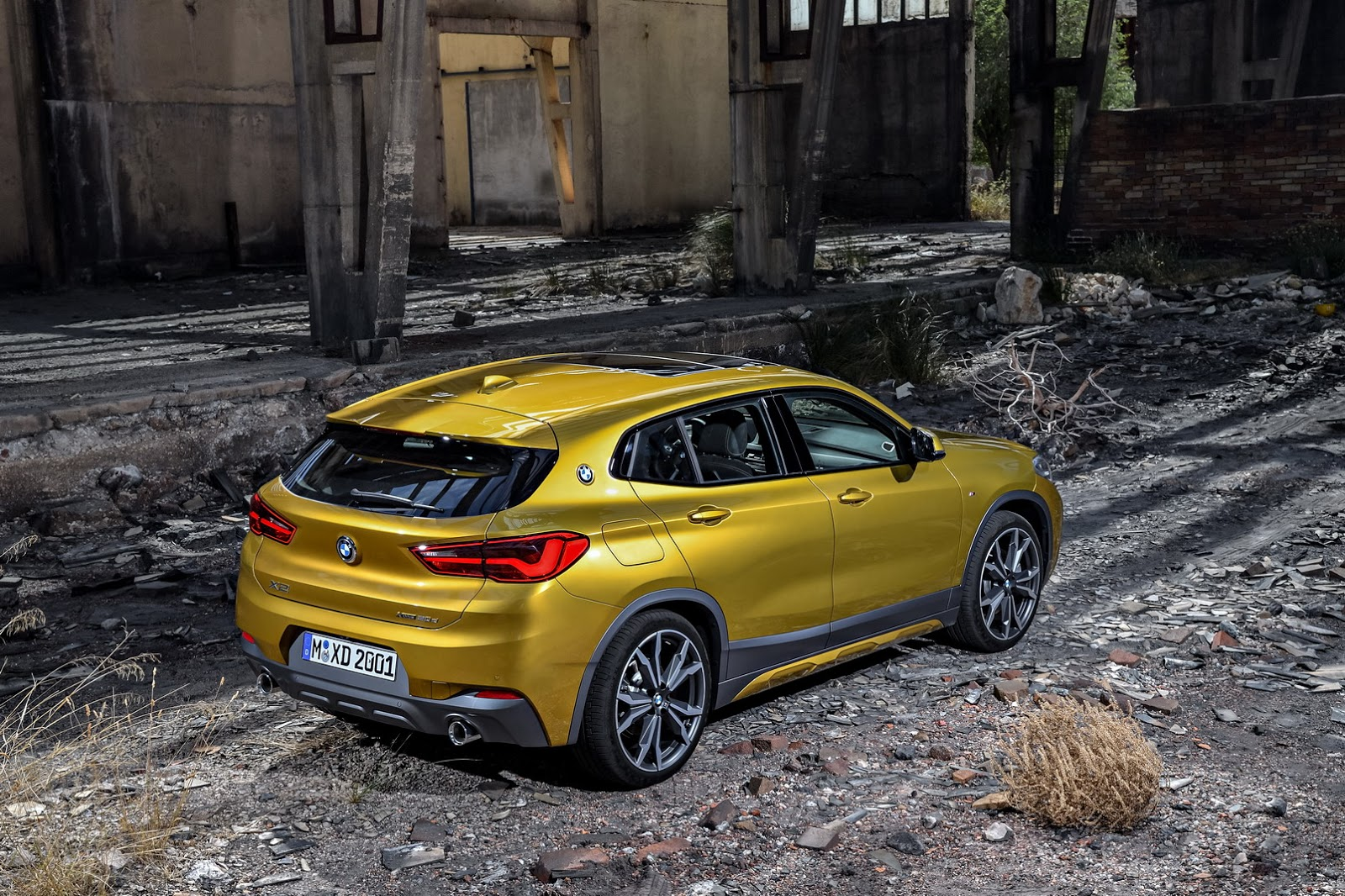 should you pay 40 000 for the 2018 bmw x2 autoevolution. Black Bedroom Furniture Sets. Home Design Ideas