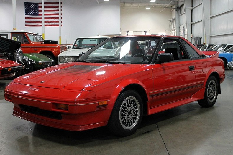 showroom condition toyota mr2 for sale autoevolution. Black Bedroom Furniture Sets. Home Design Ideas